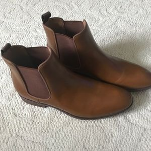 NWOT Edgewood Mens Authentic Leather Chelsea Boots